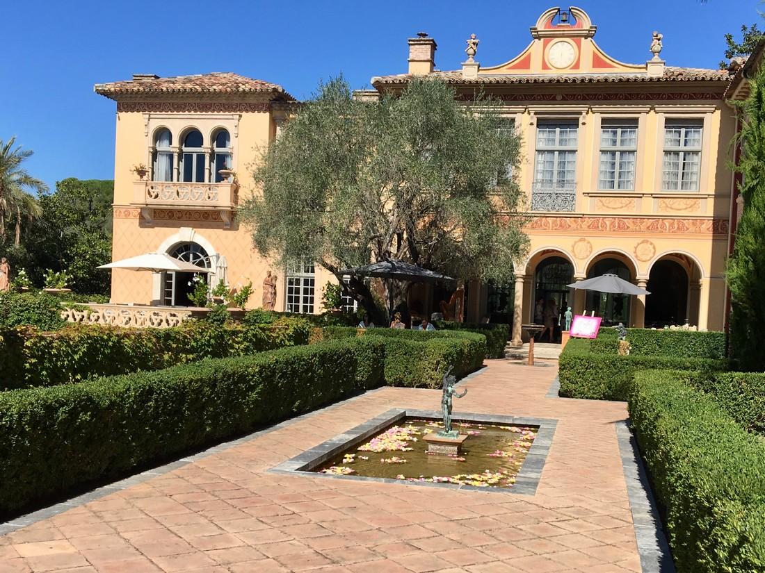 chateau diter villa carmelle cinderellova