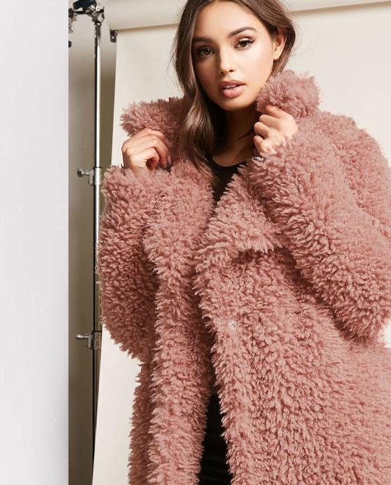 manteau long fausse fourrure rose