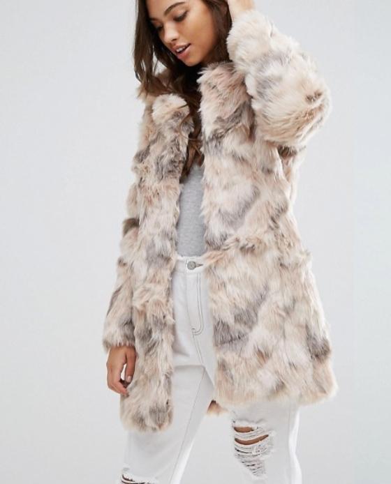 manteau fausse fourrure beige blanc rose