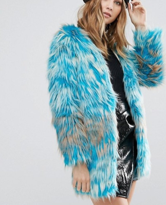 manteau fausse fourrure long bleu