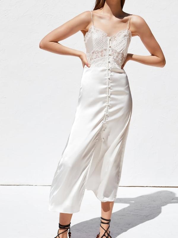 robe blanche dentelle nuisette zara
